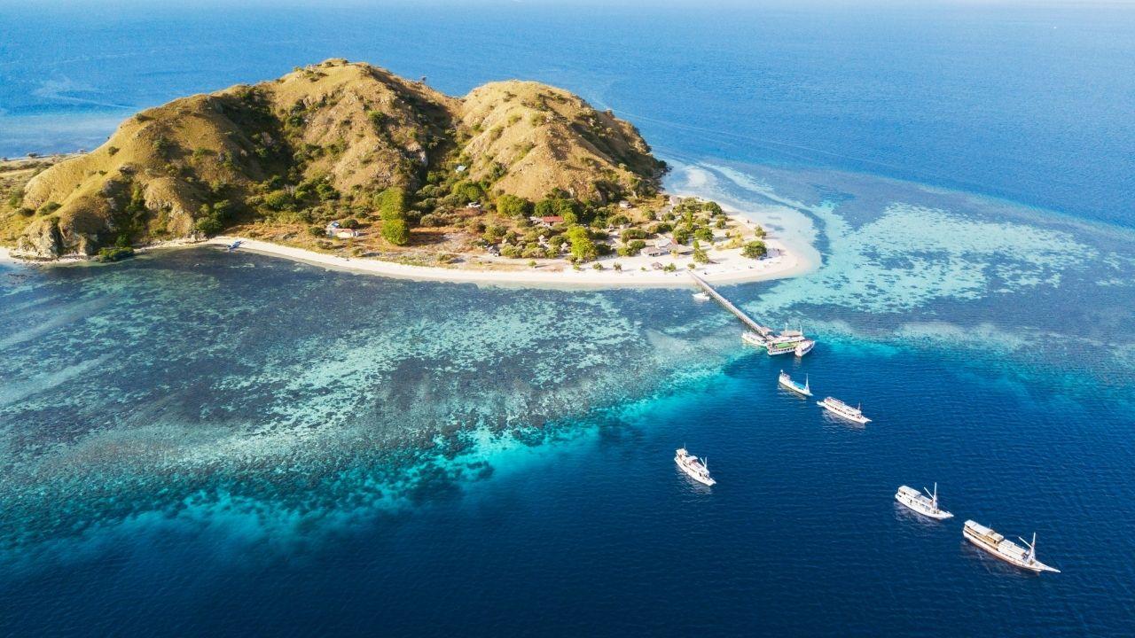 Tempat Wisata Labuan Bajo Pulau Kanawa (3)