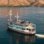 Paket Sewa Kapal Komodo Labuan Bajo – Kapal bergaya Modern khas Dua by La Rea Rea Liveaboard 2021 Harga – Opentrip – Itinerary